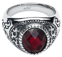 Prsteň s rubínovo červeným kamienkom
