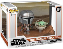 Vinylová figúrka č. 390 The Mandalorian - The Mandalorian with The Child (Movie Moments)