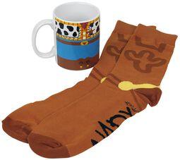 Woody - hrnček s ponožkami