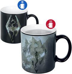 Hrnček Skyrim V - Dragon Symbol s potlačou, ktorá sa pod vplyvom tepla mení